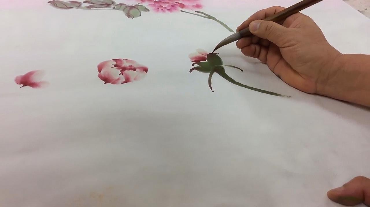 国画大师林坤英现场教学牡丹画法,栩栩如生,一看就是高手!