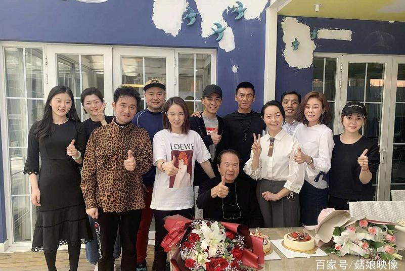 《雪花女神龙》剧组17年后聚首,乔振宇董璇都有娃了依然高颜值