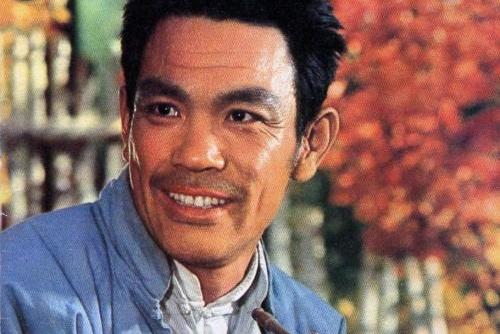 曾与斯琴高娃合作,是国家一级演员,如今77岁儿子也成为了演员