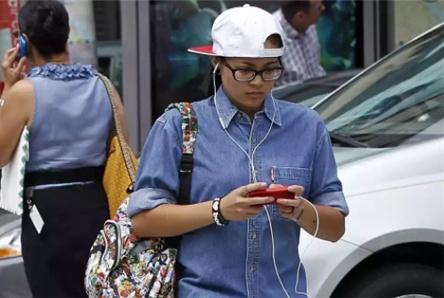 """手机的""""耗电大王"""",后台每小时消耗11%,你每天都用吗?"""