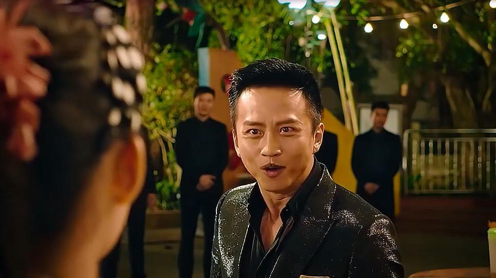 《美人鱼》片段:邓超跟林允竟飙起了歌,画面看见就想笑