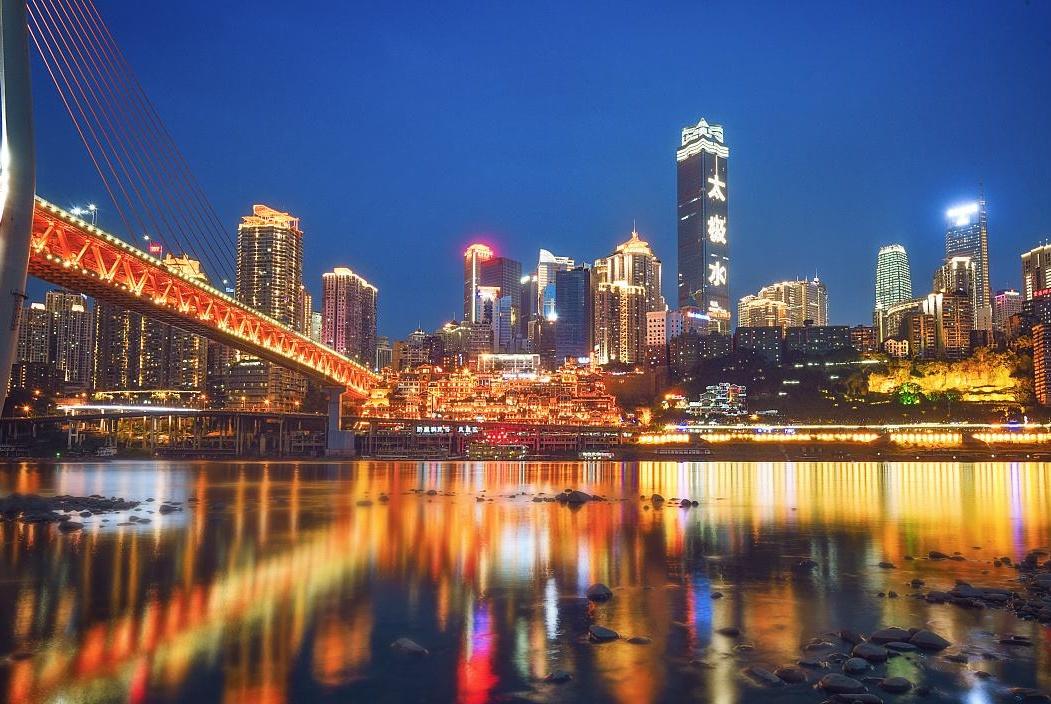 """""""不览夜景,未到重庆"""",山城夜色到底有多美?"""