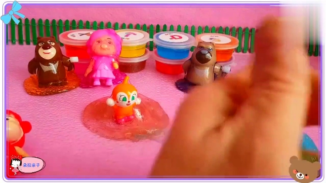 小公主苏菲亚喜欢玩冰冻水晶粘土,小羊肖恩 超级飞侠
