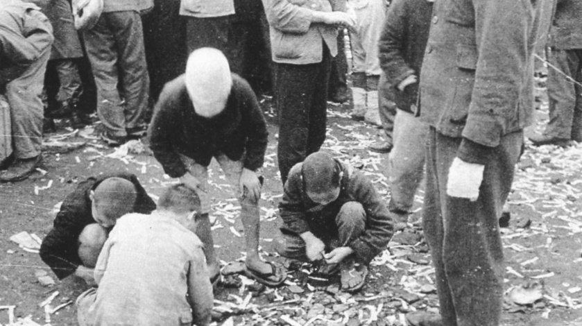 日本老照片:德意日三个军官笑得很假,杀害情郎的阿部定笑得诡异
