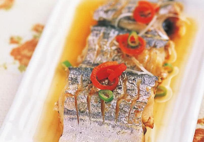 新春宴客就做清蒸带鱼,预示年年有鱼,当下酒菜特别合适