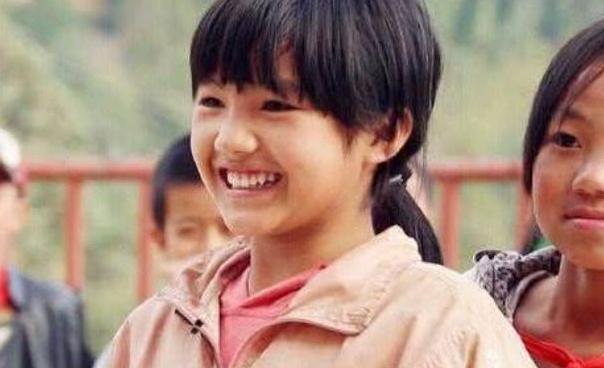 """《变形记》最走运的农村女孩,如今被称为""""小杨丞琳"""",不愁吃穿"""