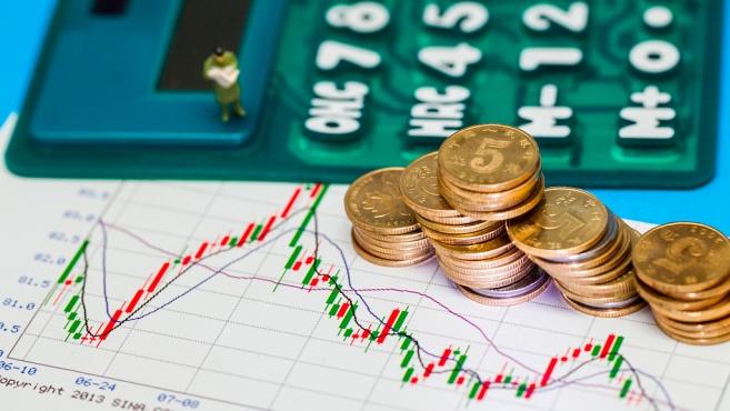 上市险企高管薪酬曝光:5位年薪上千万最年轻的仅41岁