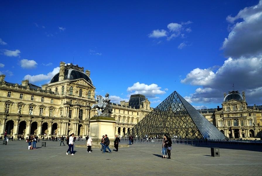 与中国签署多项合作协议后,法国计划吸引中国游客,弥补损失?