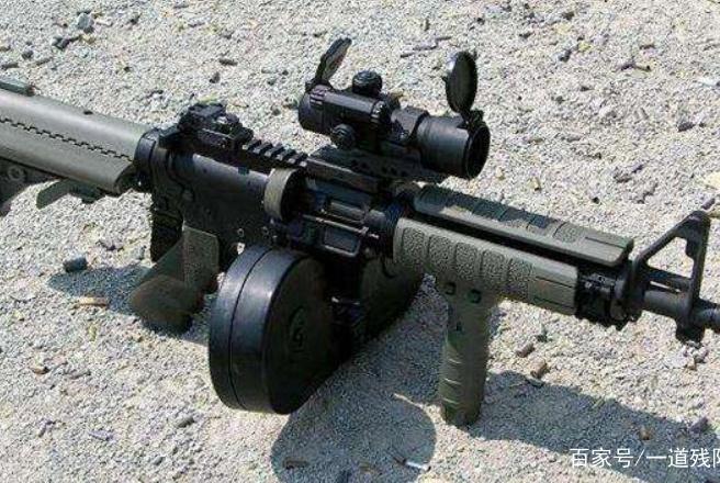 现在枪械上,常见供弹具种类繁多,都有什么优缺点呢?