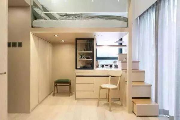 38㎡房子硬是被当做60㎡用!床放书柜顶上,硬挤出衣帽间和工作区