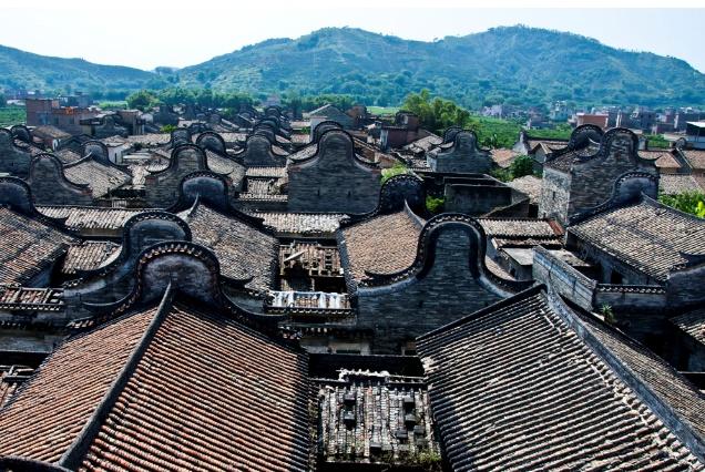 """中国""""最厉害""""的小村落,因为一个演员,摇身变成了主题度假村"""
