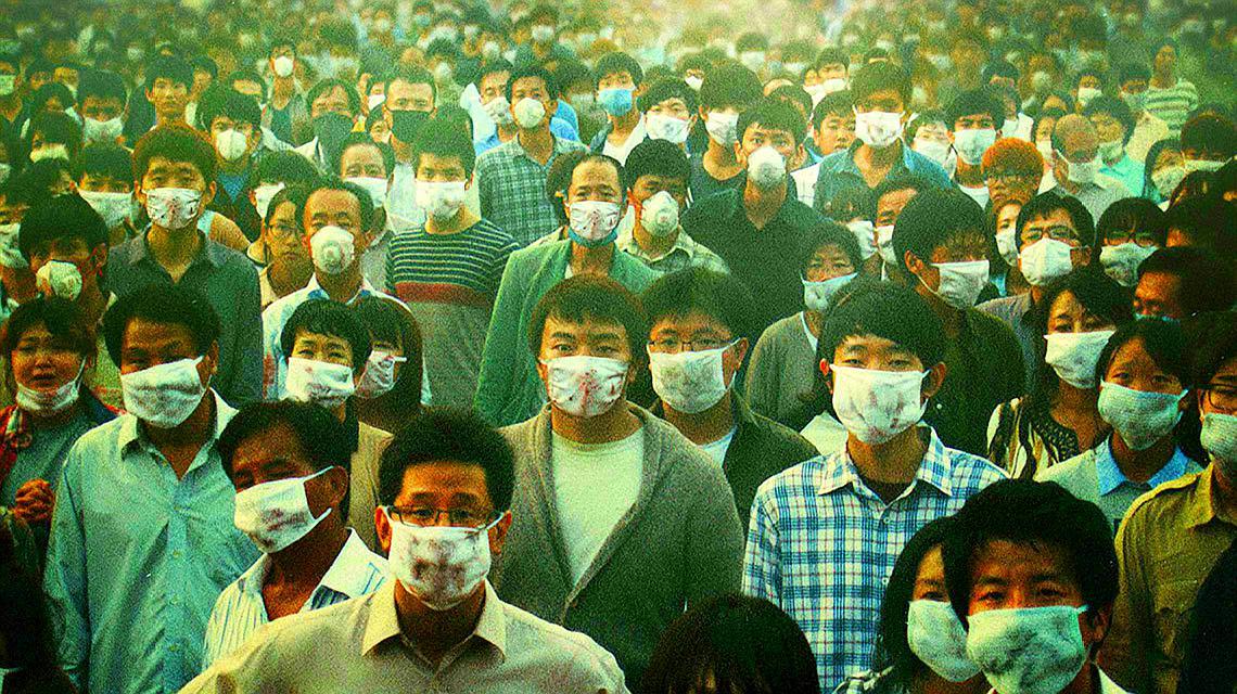 灾难片《流感》病毒爆发,数十万居民被隔离遗弃,人性比病毒可怕