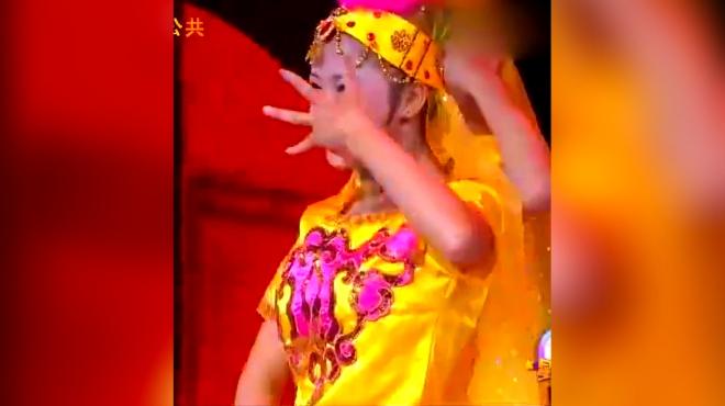 02:28 儿童舞蹈《咖喱咖喱》 幼儿早操体操舞蹈  动作超级可爱呆萌