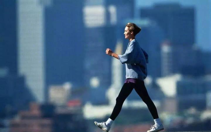 慢跑一小时减肥成功_慢跑1小时减肥_跳绳和慢跑哪个减肥快