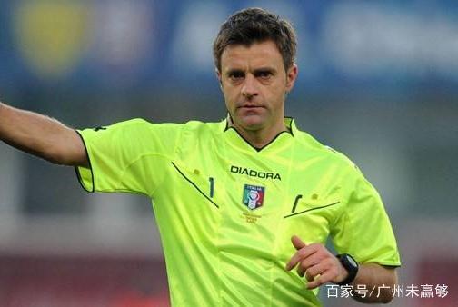 中国足协又一重磅签约,百万年薪挖角欧洲名哨,裁判管理更职业化