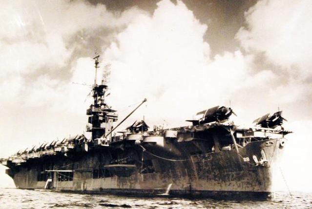 油船变身航空母舰?看美军如何用民船改航母,战力依然强悍(一)