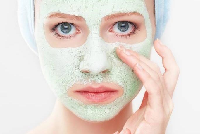 牙膏加它洗脸,坚持一个月肌肤光滑白皙,爱美的女生都在用