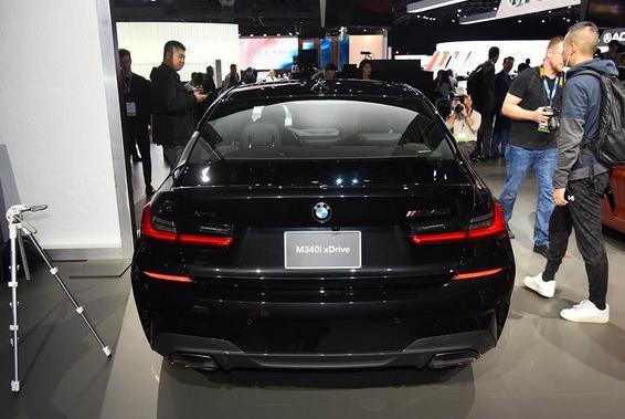 宝马3系最运动的车来了,百米加速仅4秒,售价是M3的一半!