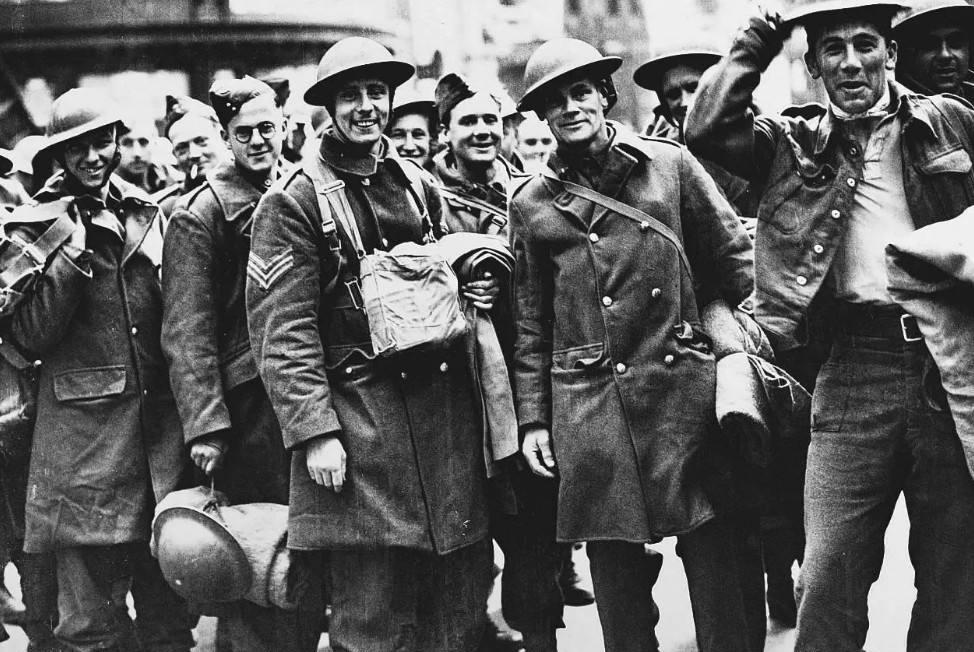300万大军撑不过40天,该国女性还给敌军养育了20万私生子