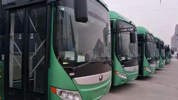 郑州800台纯电动公交车将上岗,配有USB插口可供手机充电