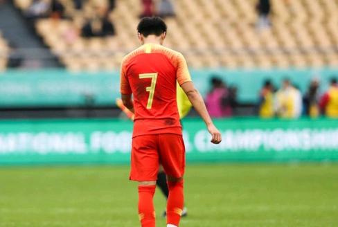 U19国足主帅承认技不如人:越南球员速度快,我们只能被动防守