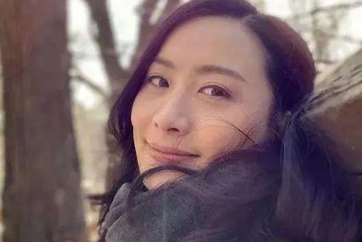 学成却不归来!37岁前TVB人气花旦不考虑返港:决心进军好莱坞