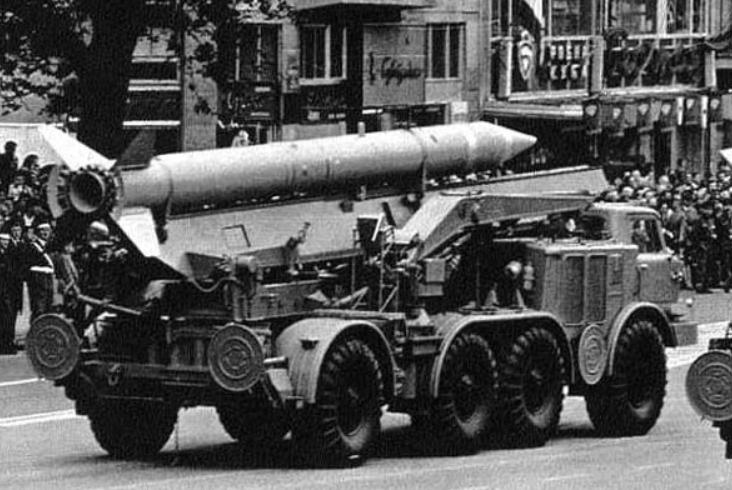 """冷战时,美国拖垮了苏联,对自己就没伤害吗?""""病根""""其实还在"""