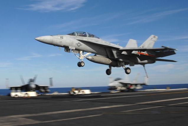 又一款新型舰载战斗机即将服役,可击落F35战机,俄称已青出于蓝
