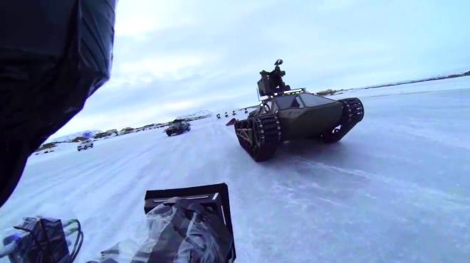 《速度与激情8》坦克车幕后花絮,狂飙的坦克车看着太TM爽
