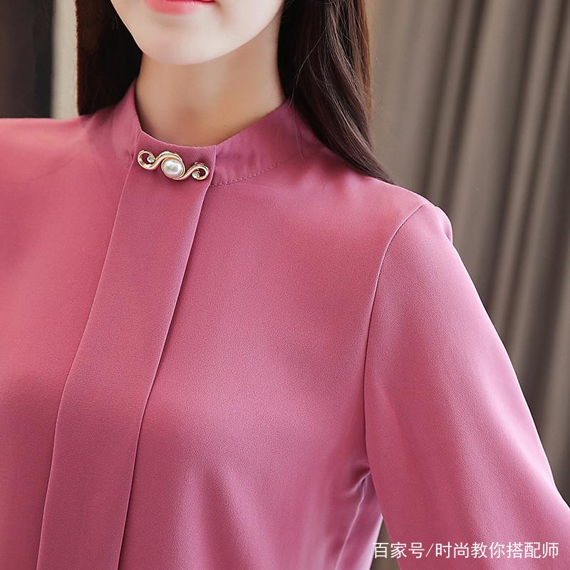 女人小衫_今年流行的小衫,适合知性女人穿,洋气过毛衣,百搭过