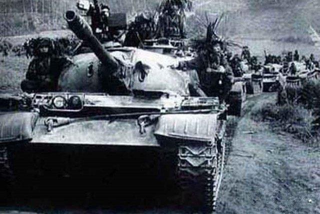 中越战争:坦克如何支援步兵战斗?这辆坦克敲掉14个火力点