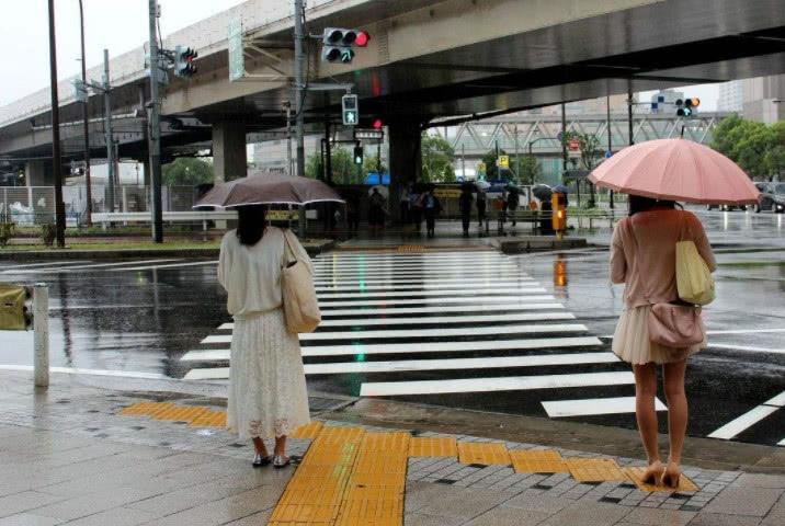 冷空气南下了!广西气温下跌伴有大风,本周六有大雨!