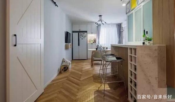 小户型的北欧风格,卧室的小飘窗真的美极了!