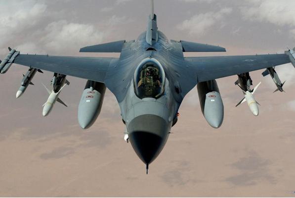中国空军多架歼10现身巴铁,印度发现事情不一般,中巴或有大动作