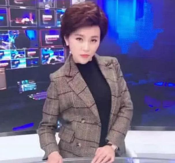 新疆头发图片_新闻联播女主持人是戴假发图片