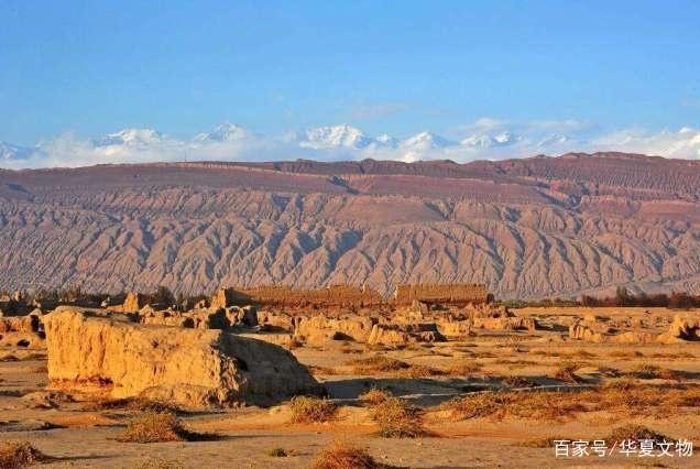 """沙漠考古挖出一块""""布"""",上有8字预言新中国,2040年必定实现?"""