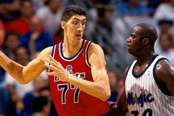 NBA史上最高的4位球员:姚明2米26垫底,榜首之人曾单杀一头狮子