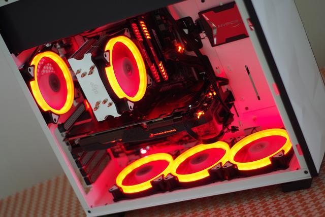 装机体验:月光宝盒棱+八度空间C5PRO散热器+冰锋400 CPU散热器