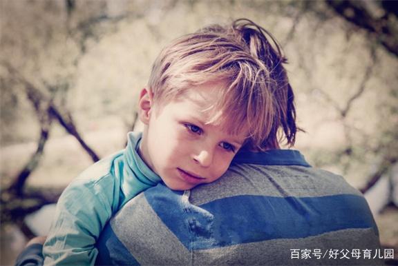"""孩子受欺负时,别再轻易教他说""""没关系""""了,网友经历让人心酸"""