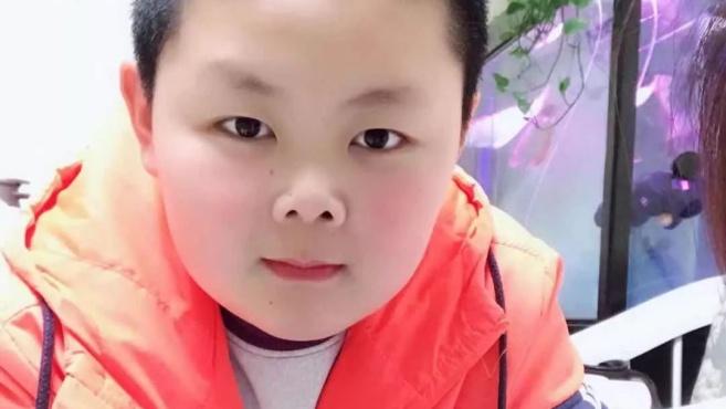 """安徽十岁男孩游乐场打气球准到让老板""""崩溃""""!当地射击队:就是你了!"""