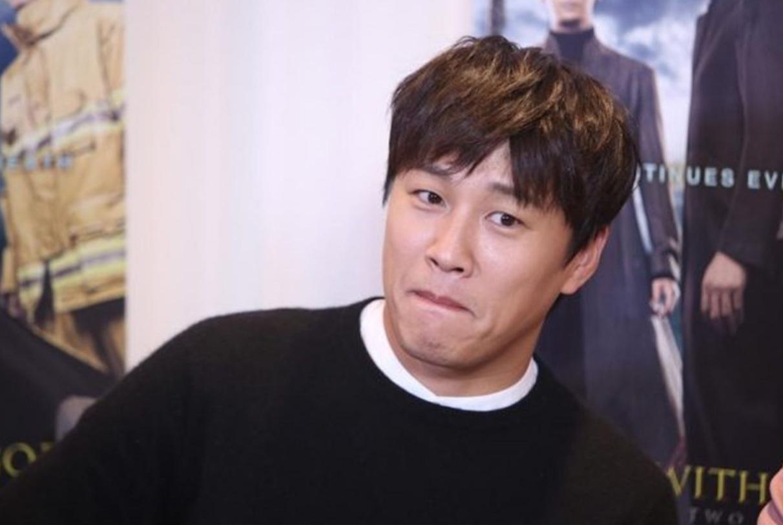车太贤金俊浩否认非法赌博但网友不买账,韩娱大地震损失超34亿