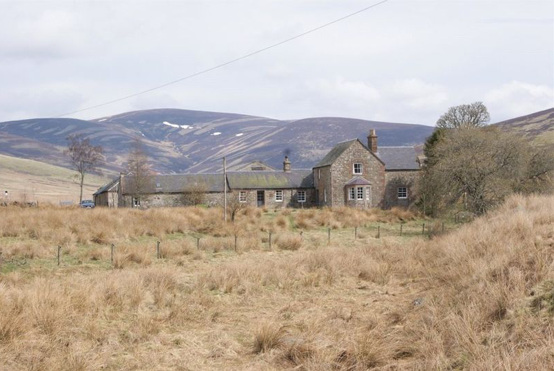 这座百年苏格兰农庄年租金只要1英镑,但入住有个奇葩条件
