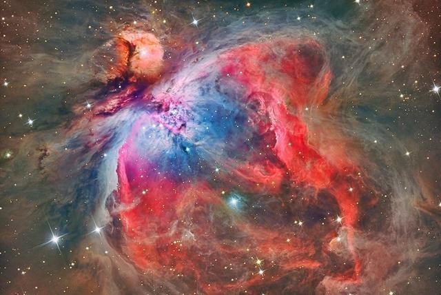猎户座大星云中正在诞生大量恒星,有个恒星胚胎比盾牌座uy还大