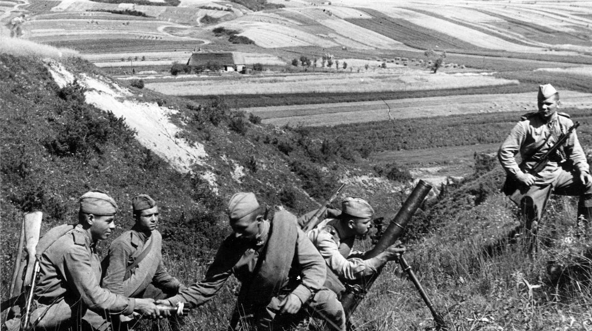 """""""喀秋莎""""炮兵的伤亡远低于步兵,其中小部分伤亡是狙击手造成的"""