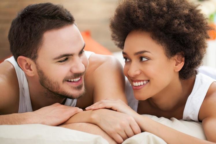 交往中,总是问你这些问题的女人,不是不爱你,而是离不开你了