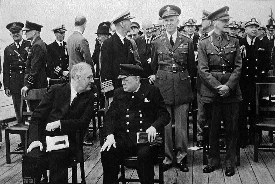 二战时英国为何要用8座岛屿去换美国50艘淘汰的驱逐舰