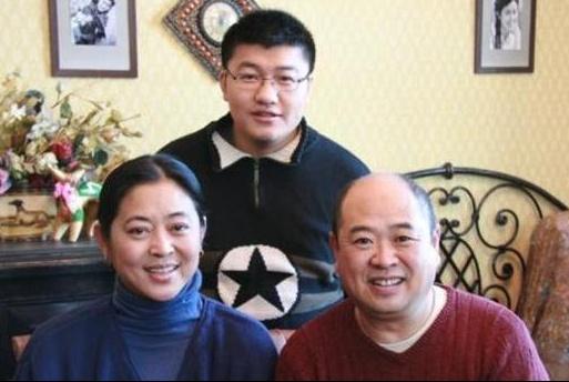 晒晒倪萍住的豪宅:装修和普通家庭没区别,一家人生活很幸福