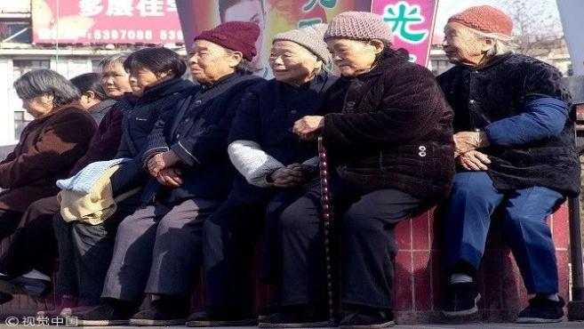 四川深度老龄化:吸引本省劳力回流是关键