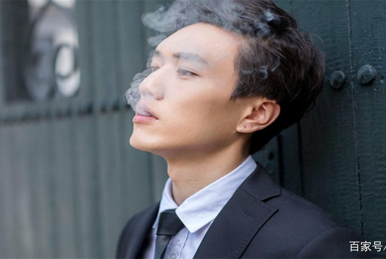 长期吸烟的人,这3个小测试,若1个也难完成,就得考虑戒烟了