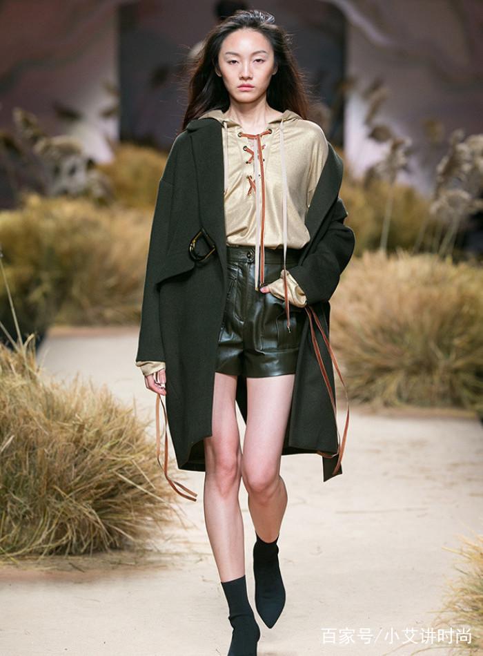 时装周:模特展示时尚穿搭,潮流服饰文雅可人,穿衣搭配